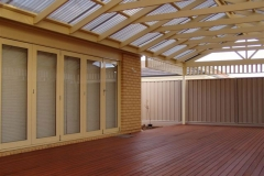 Straight Gable & Decking